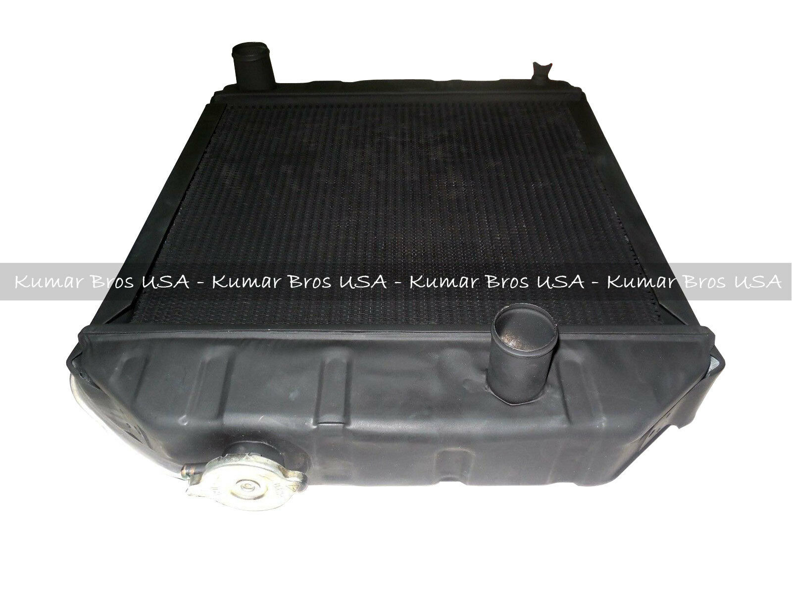 """New Ford Tractor /""""C7NN8005H/""""Radiator 2000 2600 3000 3600 4000 /& 2 Mounting Pads"""